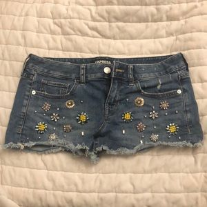 Express Embellished Low Rise Shortie Size 6